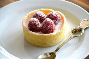 Raspberry and Passionfruit Tart