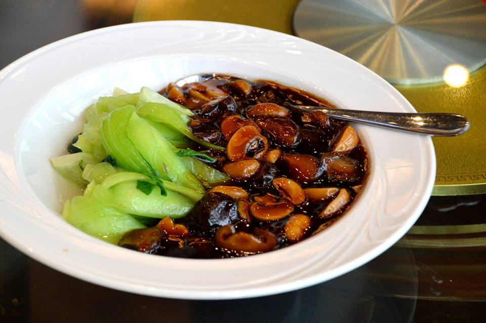Chinese Cabbage with Mushrooms