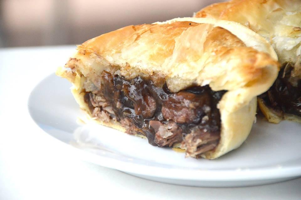 Steak and Shiraz Pie