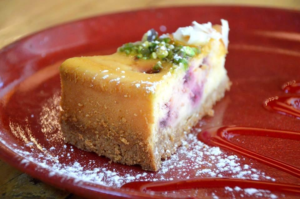 Raspberry and White Chocolate Baked Cheesecake