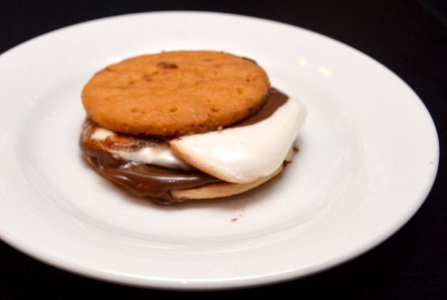 Marshmallow and Nutella S'More
