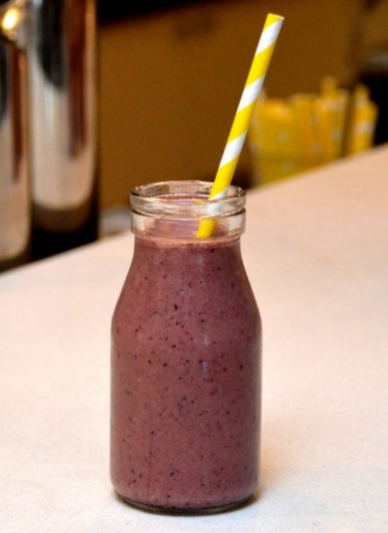 Anti-Aging Berry Smoothie
