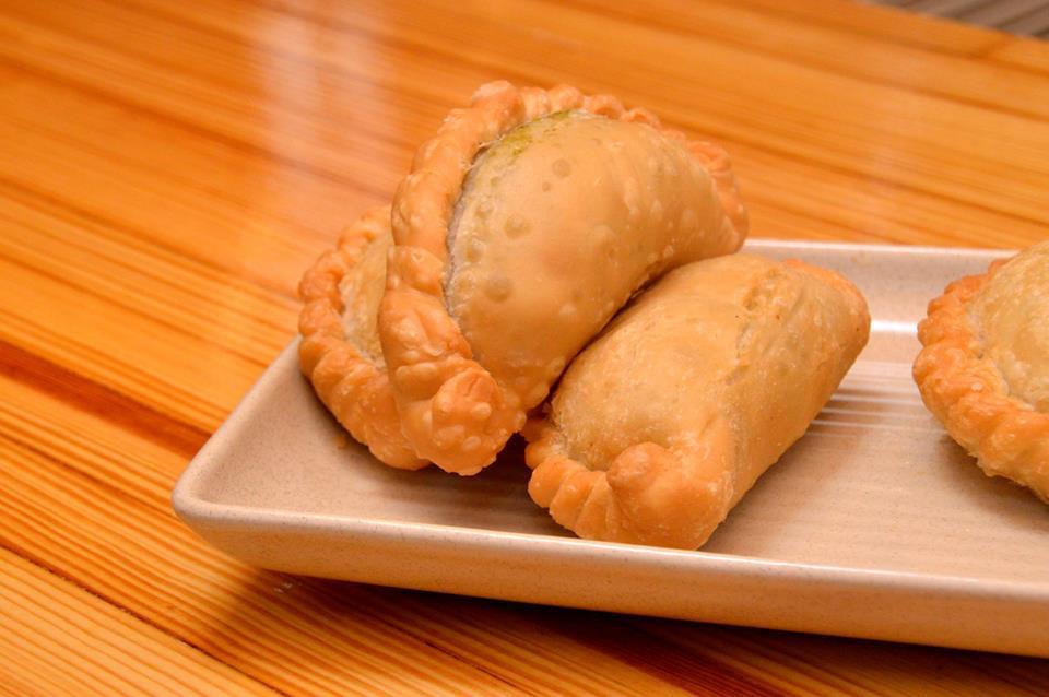 Kang Kong Curry Puffs