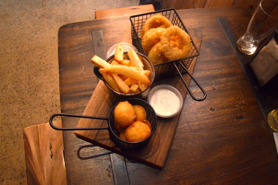 Mozzarella & Bacon Tater Totts, Hand Cut Chips, Onion Rings