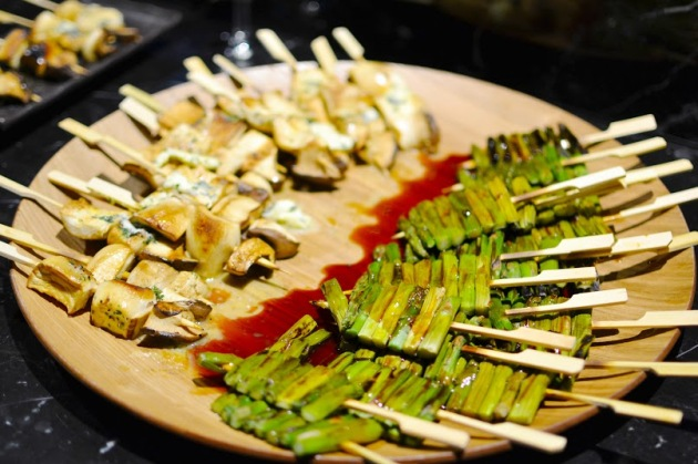 King Oyster Mushrooms and Asparagus with Teriyaki Sauce