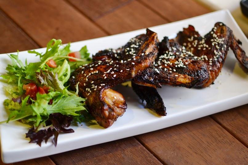 Garlic BBQ Chicken Wings