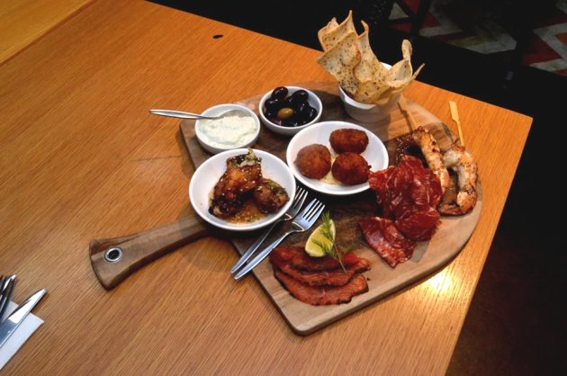 Chef Selection Sharing Plate